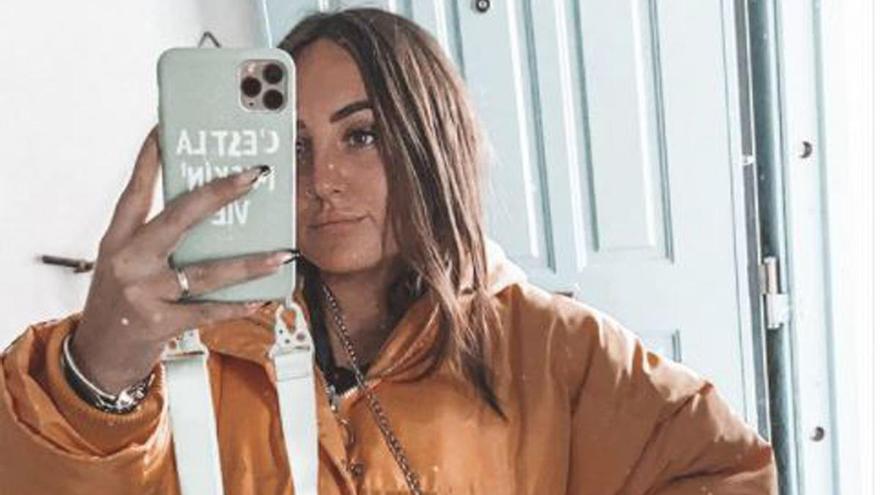 Rocío Flores se une a la tendencia 'beauty' que popularizó Rosalía