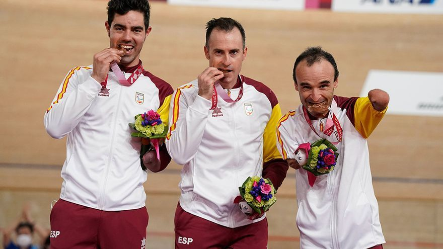 El equipo de ciclismo de velocidad conquista un bronce en Tokio