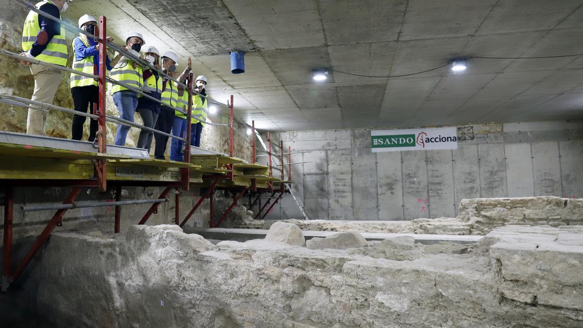 Visita a los trabajos arqueológicos en las obras del Metro de Málaga.