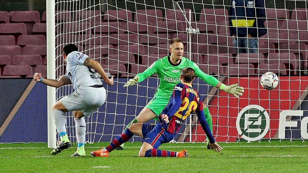 El Barça perd dos punts  en un gran desgavell tàctic