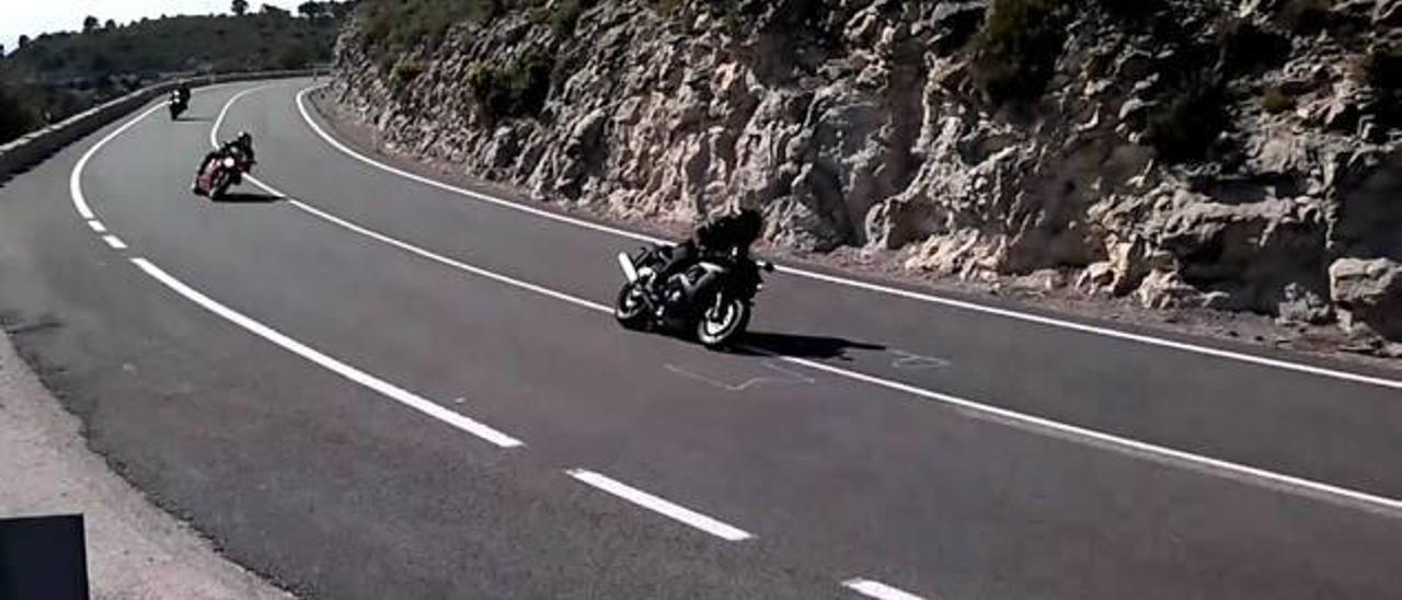 Las carreras de motos de La Carrasqueta llegan al Senado