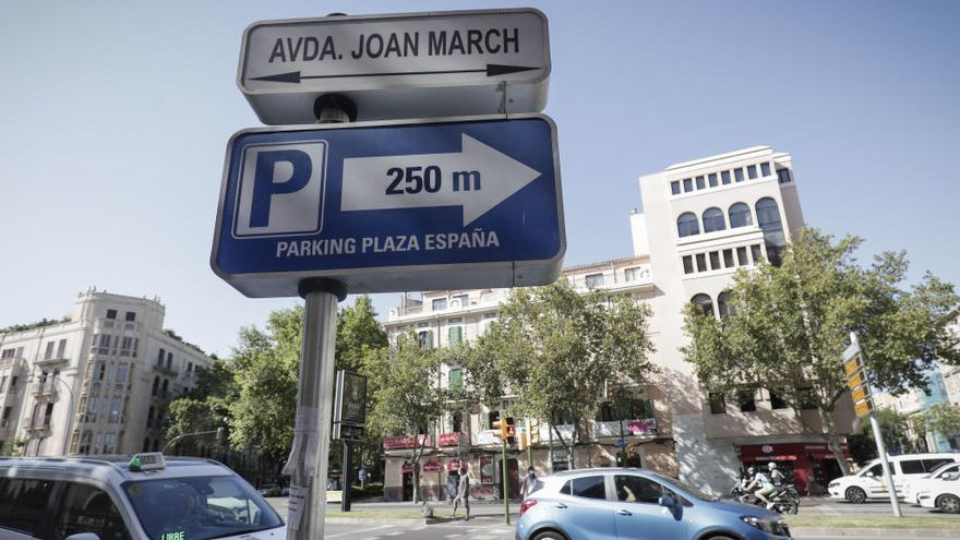 Palma tilgt Namen des Bankiers Joan March aus dem Stadtplan