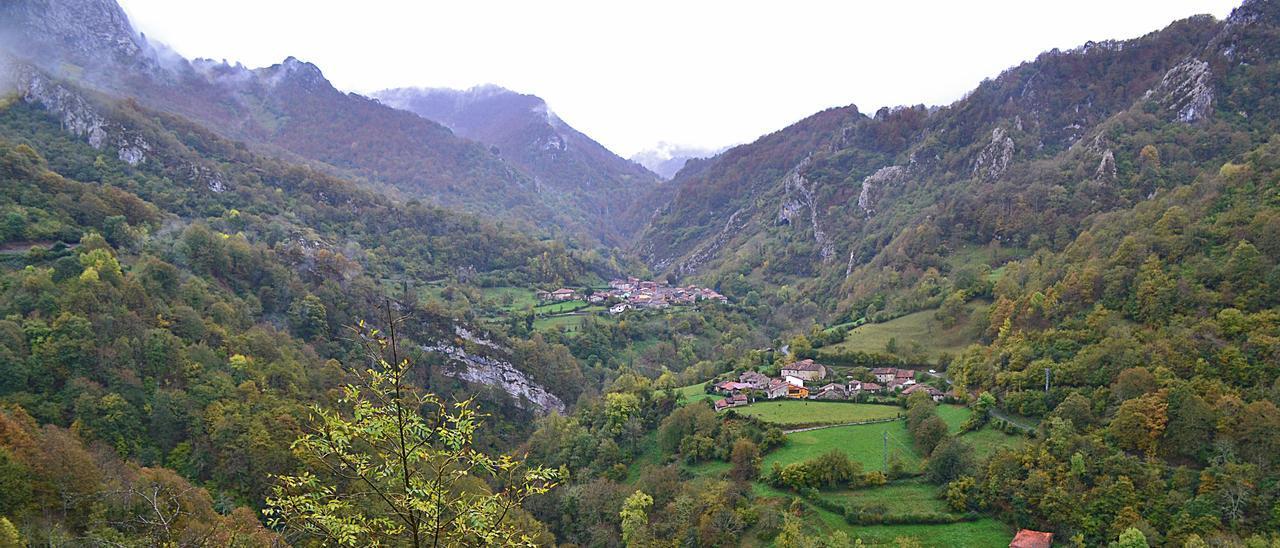 Vista general de Sobrefoz, en Ponga.