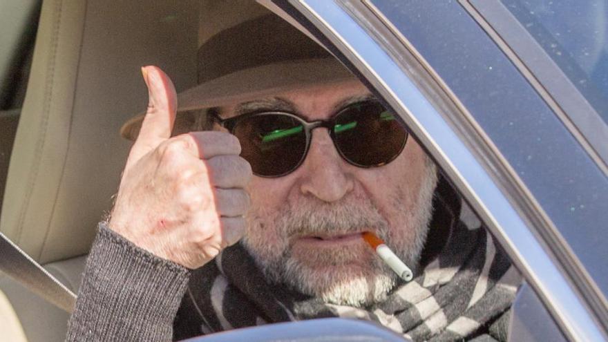 "Joaquín Sabina avisa de que su recuperación ""va para meses"""