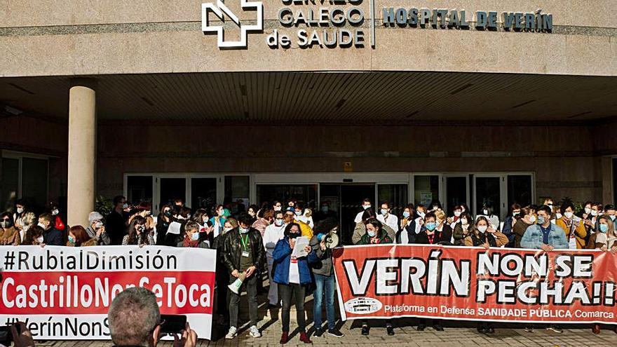 """La Comisión Delegada del hospital de Verín: """"Apoyamos a Javier Castrillo"""""""