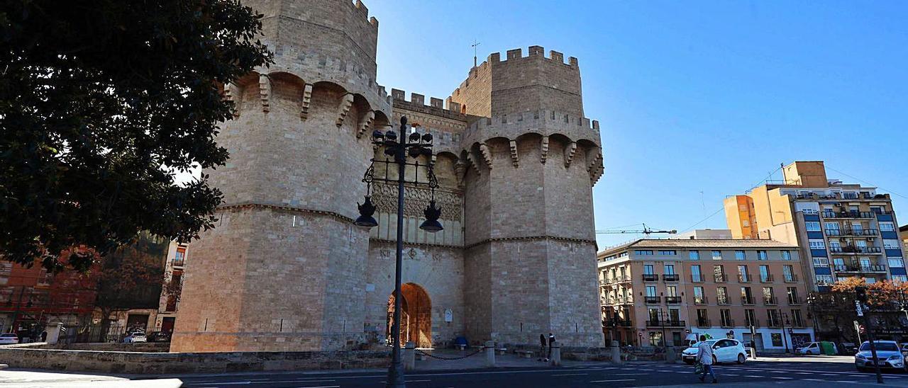 La plaza del Furs y el entorno de Serranos ganará espacio peatonal. | J.M.LÓPEZ
