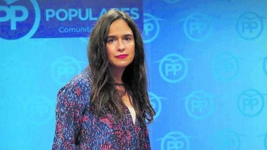 """Belén Hoyo """"El PP está en el centro y el PSOE radicalizado, así es difícil encontrarse"""""""