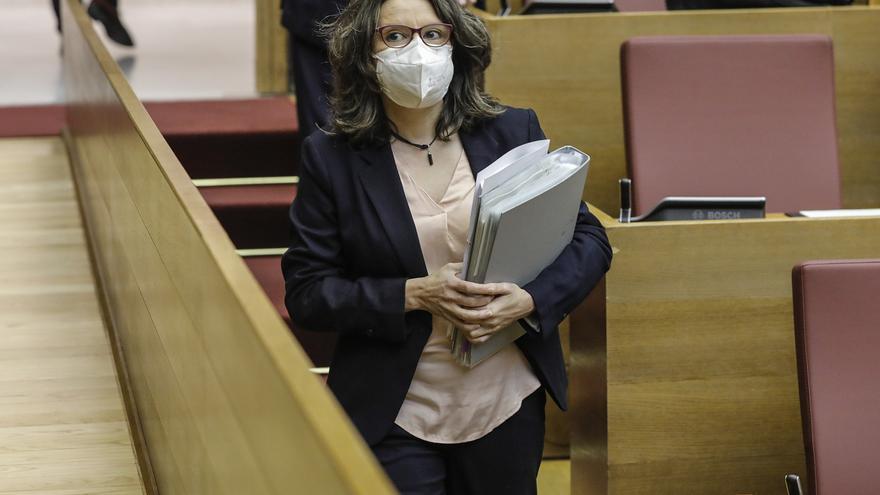 Oltra pide respeto al PSPV por acusar a Compromís de actuar como lobista del dueño del Valencia CF