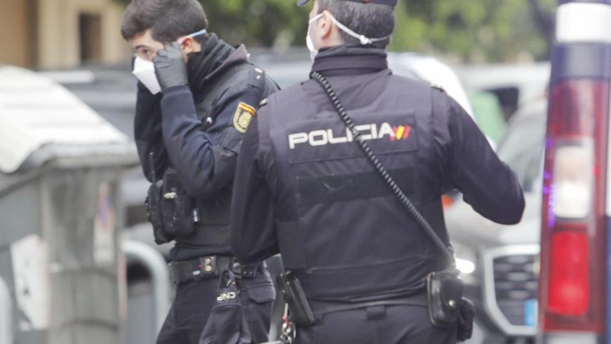 Policías en una foto de archivo.