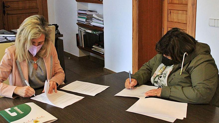 Convenio por 9.000 euros con los vecinos de Cala Llonga