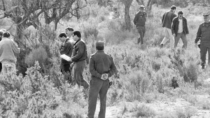 Hallan huesos humanos en el lugar donde asesinaron a las tres niñas de Alcàsser