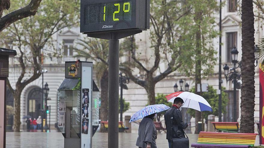 Una masa de aire frío provoca una caída de 15 grados en los termómetros