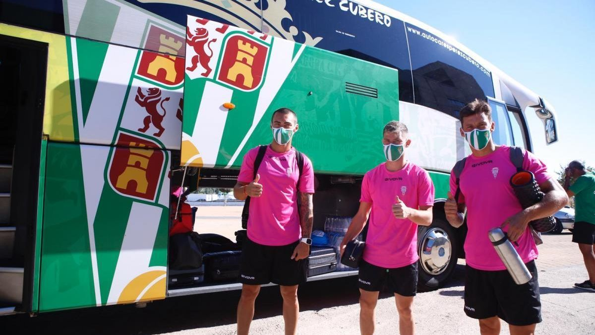 El Córdoba CF parte hacia Torrox a su primer 'stage'