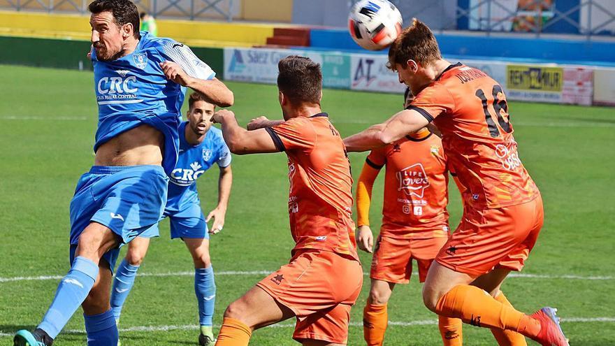 El Atzeneta rasca un punto en el complicado campo del Villarreal B