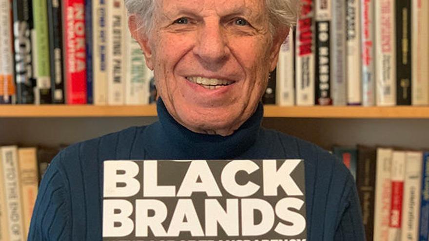 Al Ries participa en 'Black brands', l'obra sobre transparència de marca dirigida des de la UA