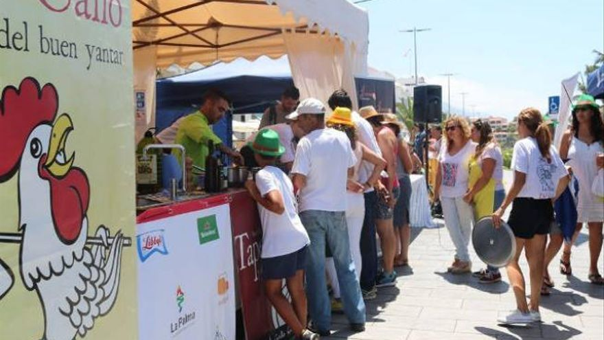 14 cocineros participan este sábado en Puerto Naos en el Encuentro de Cocineros Canarios