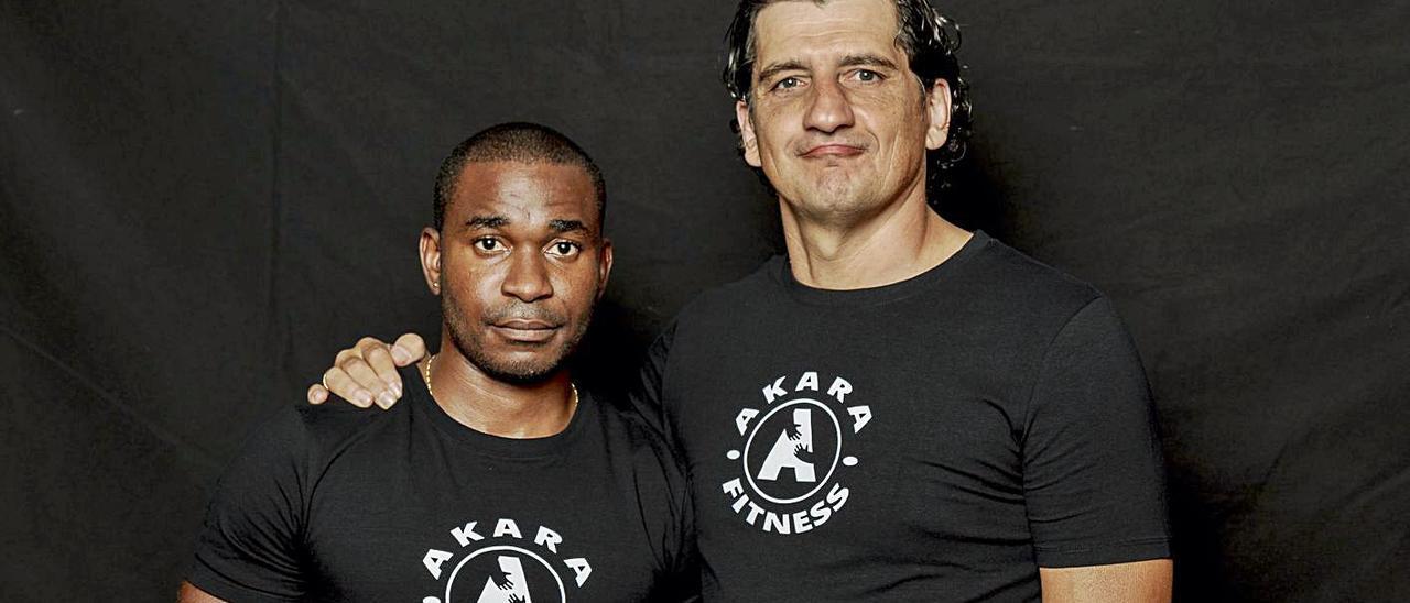 Wilfredo Monsuy, creador de Akara Social, y Jero García, Hermano Mayor. | | LP/DLP