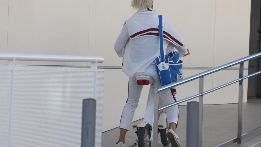 La Policía de Ibiza interpone 71 denuncias a conductores de patinetes eléctricos desde junio