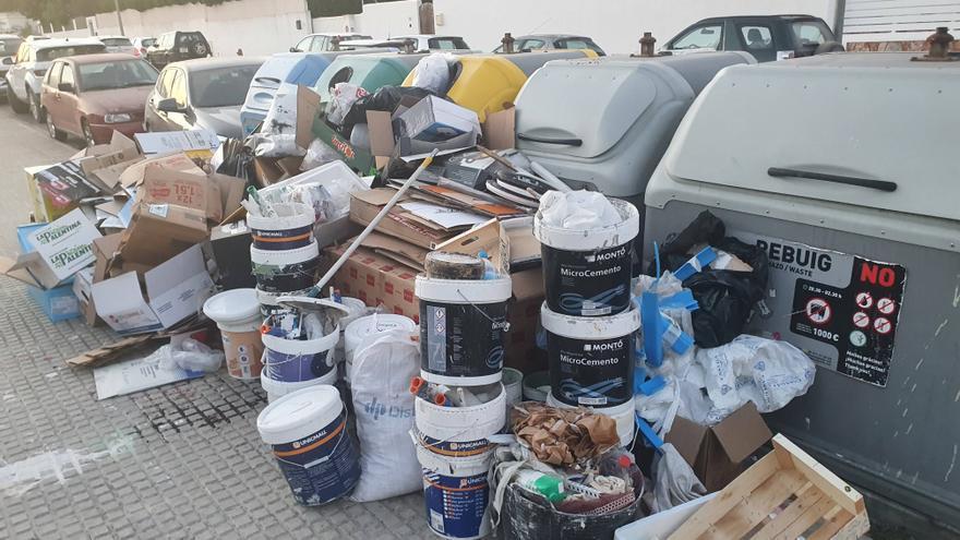 Sancionado un negocio de restauración de Ibiza por vertidos irregulares