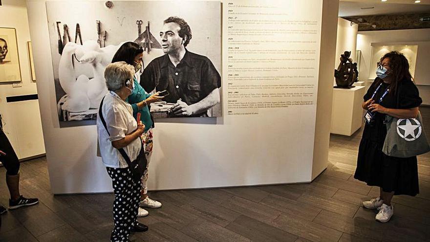 """El escultor zamorano Baltasar Lobo, en la publicación de Le Monde sobre la """"Guerra de España"""""""