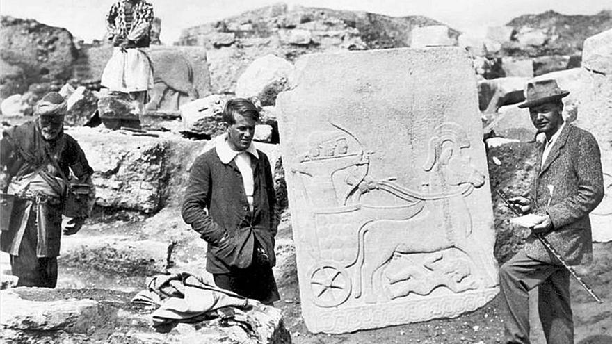 T. E. LAWRENCE L'home abans de ser Aràbia