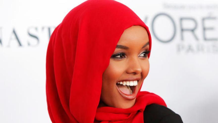 Sports Illustrated publica sus primeras fotos con una modelo en burkini
