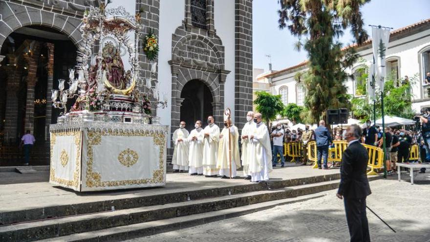 Día grande del Pino, honores a la virgen