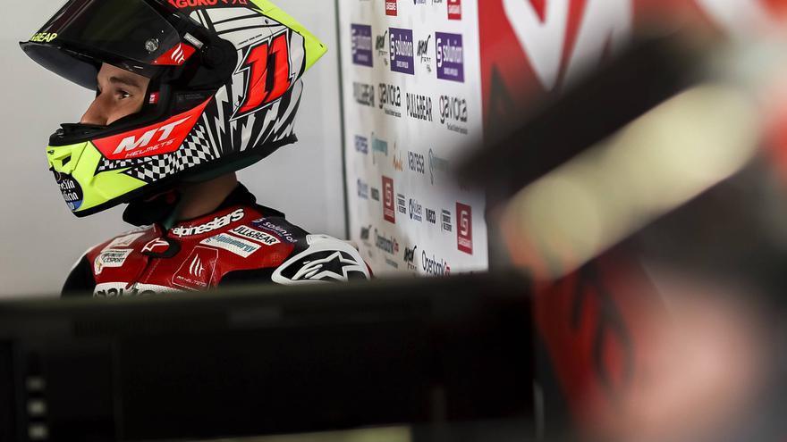 Migno manda en Moto3 y García Dols se cuela en primera fila por la sanción de Alcoba