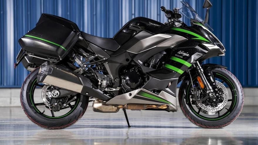 Kawasaki Ninja Z1000SX; Turismo deportivo