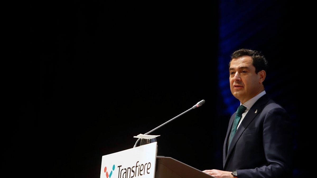 El presidente de la Junta, Juanma Moreno, en la inauguración del Transfiere.