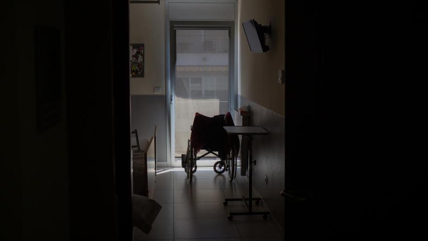 La Fiscalía acusa de homicidio a la gerente y a la doctora de una residencia privada de Madrid