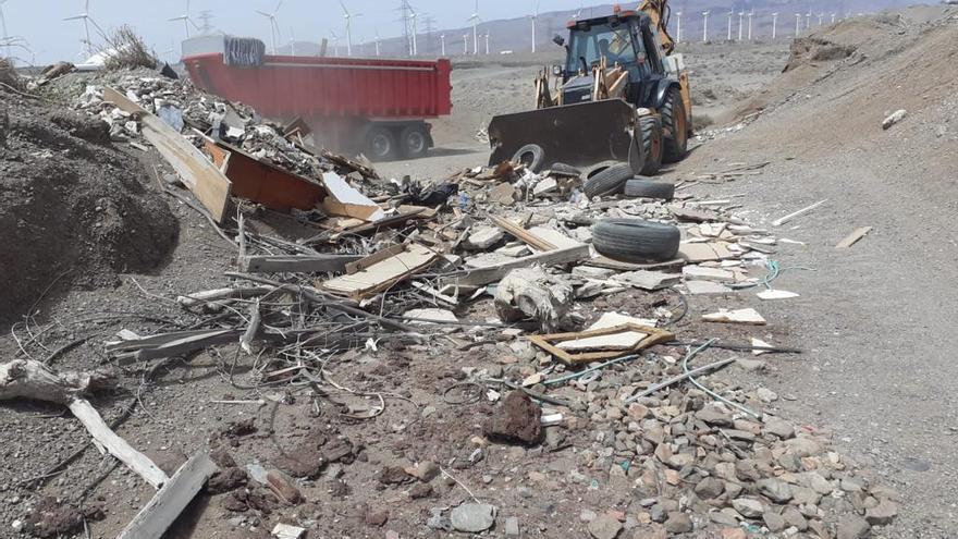 Santa Lucía retira 135.000 kilos de basura de los barrancos de Tirajana y Los Llanos