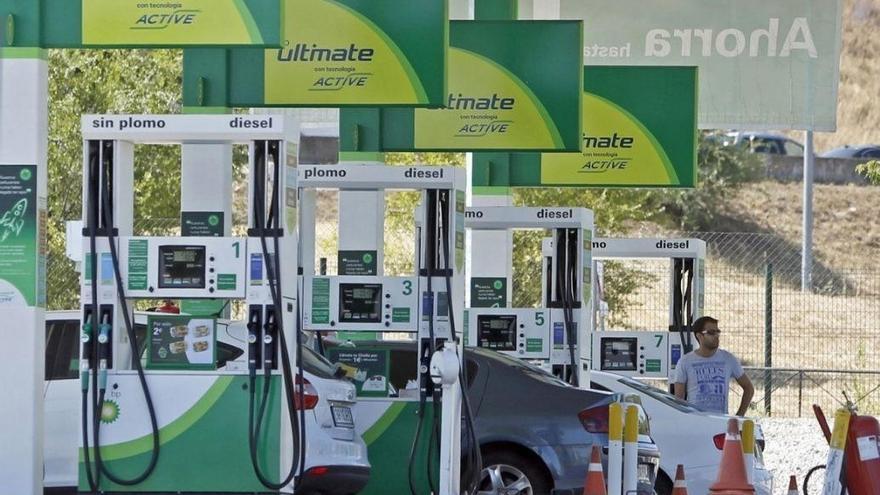 La diferencia entre el precio de la gasolina y el diésel alcanza niveles máximos