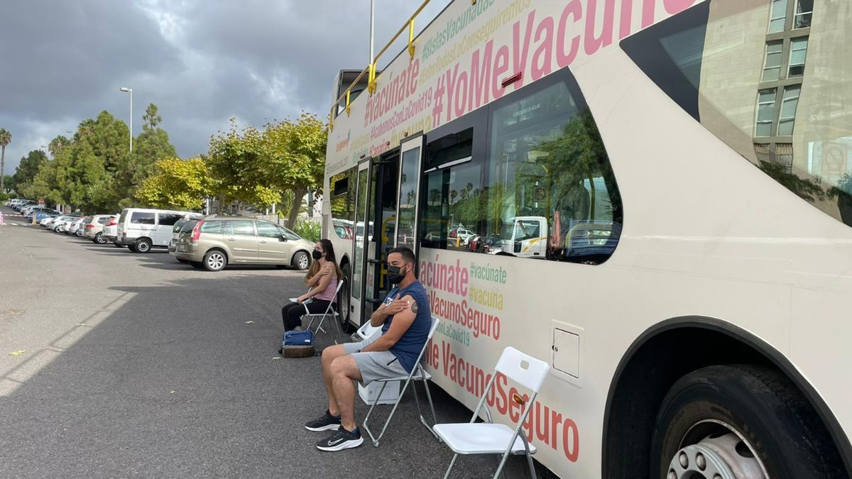 Mobile vaccination point against covid in the Canary Islands.