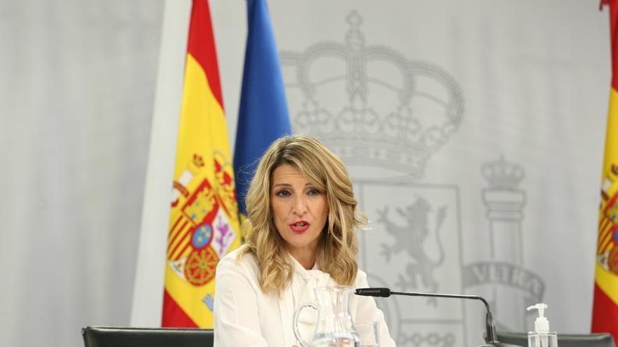 Díaz se compromete a que la reforma laboral esté preparada antes del 1 de mayo