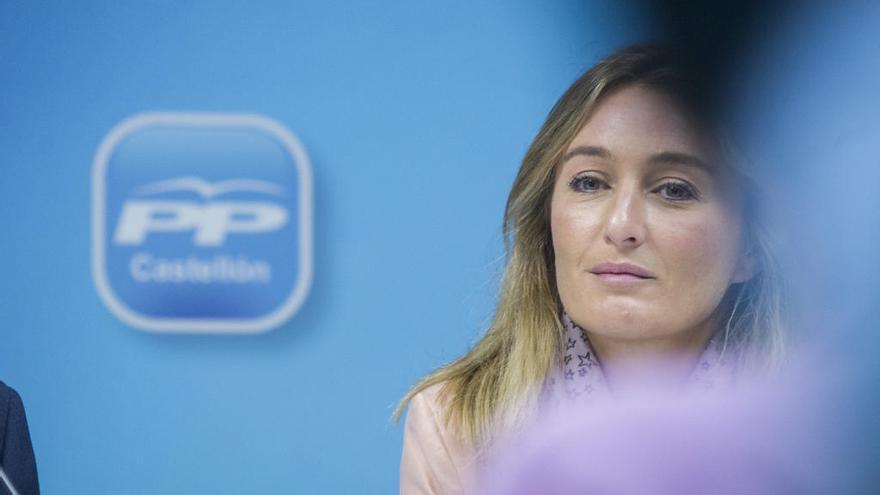 La Fiscalía pide un año y medio de prisión para un tuitero que amenazó a Andrea Fabra