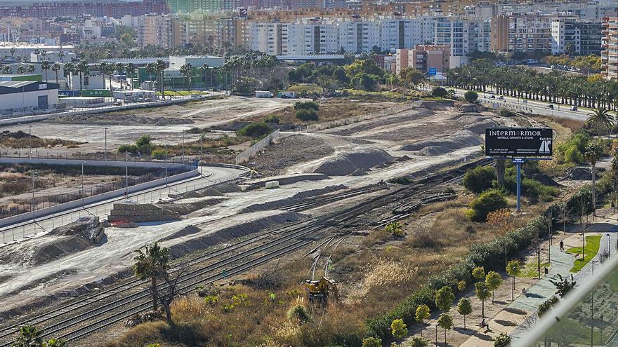 Treinta años para retirar las vías del acceso sur a Alicante