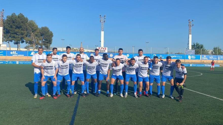El CF Gandia dedica al lesionado Carlos Martínez  su victoria ante el Pego CF, 2-0
