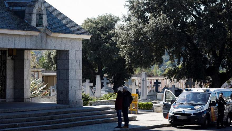 El cementerio de Mingorrubio, un año después de la exhumación de Franco
