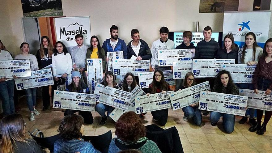Masella reparteix 50.000 euros als  estudiants dels seus municipis