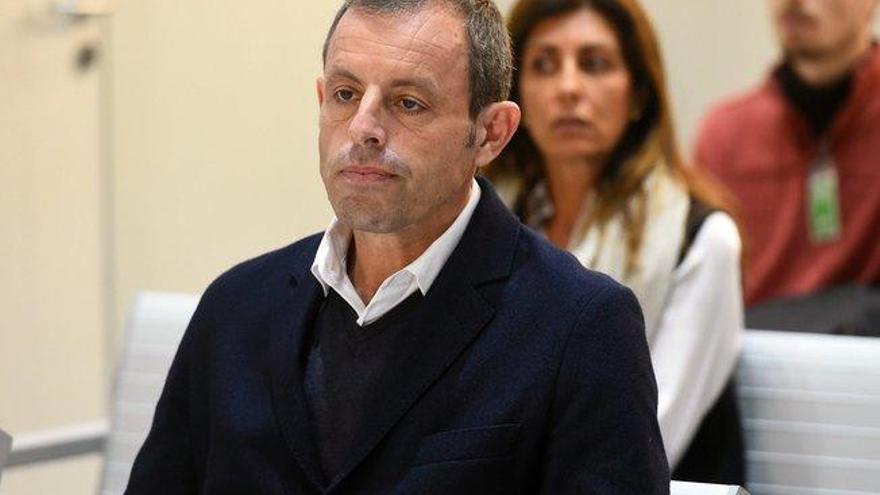 La Fiscalía estudia recurrir la absolución de Rosell