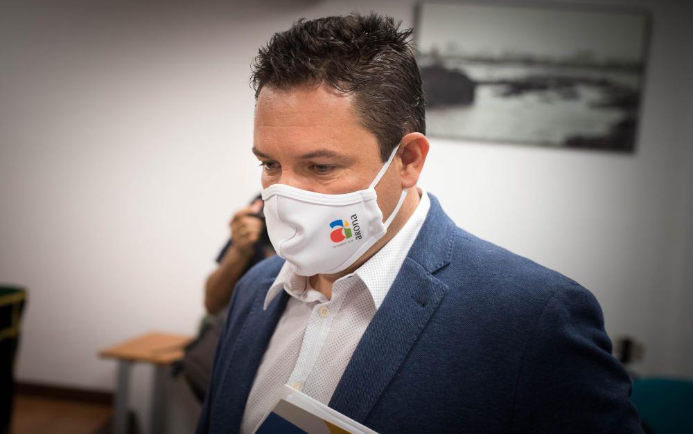 RP del alcalde de Arona, José Julián Mena.