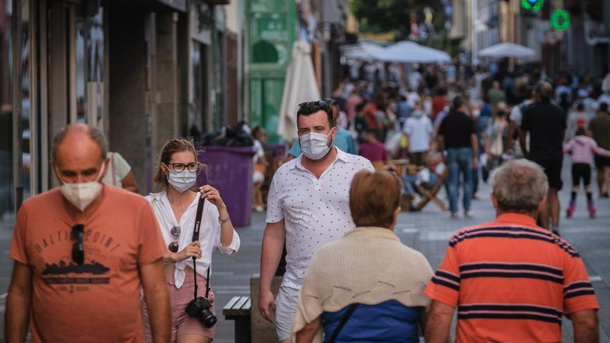 Canarias registra la cifra más baja de contagios desde agosto de 2020