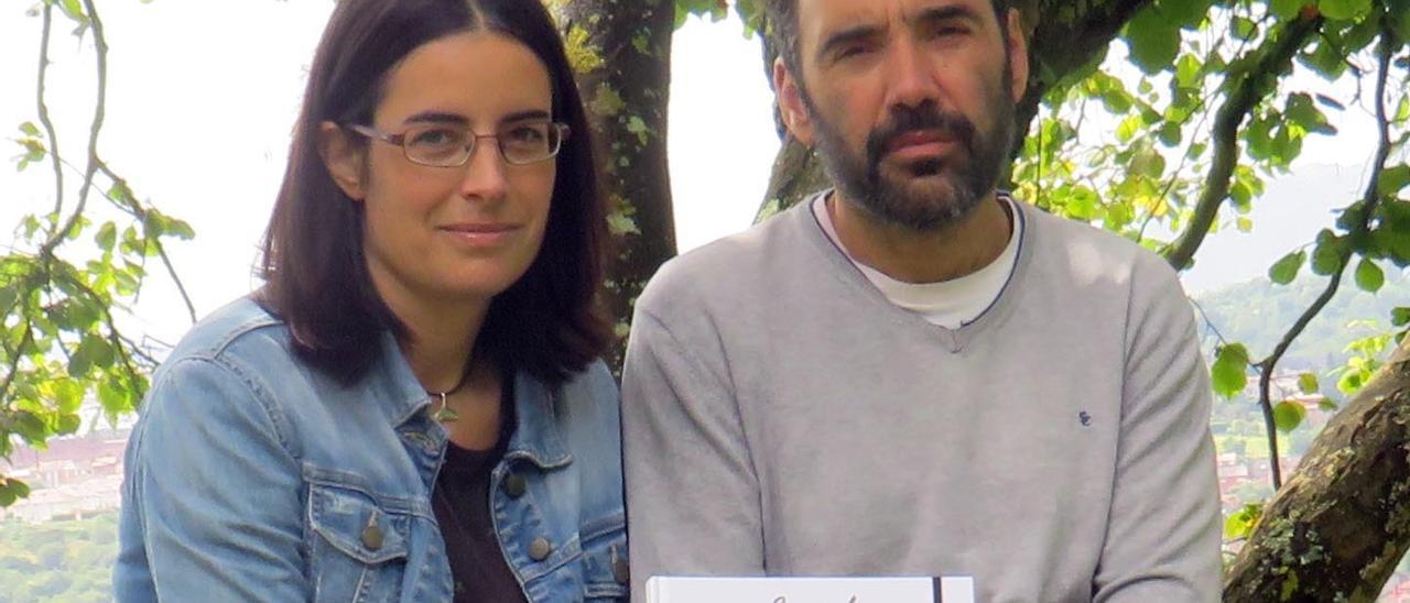 Los autores,  Luis Fernando Alonso y Eva López