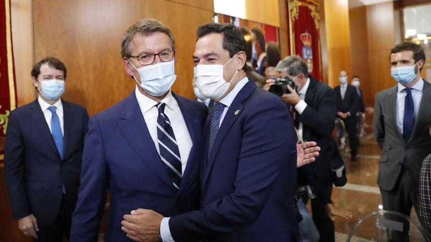 """Feijóo y Moreno piden a Casado que deje al PP de Cataluña que sea """"autónomo"""""""