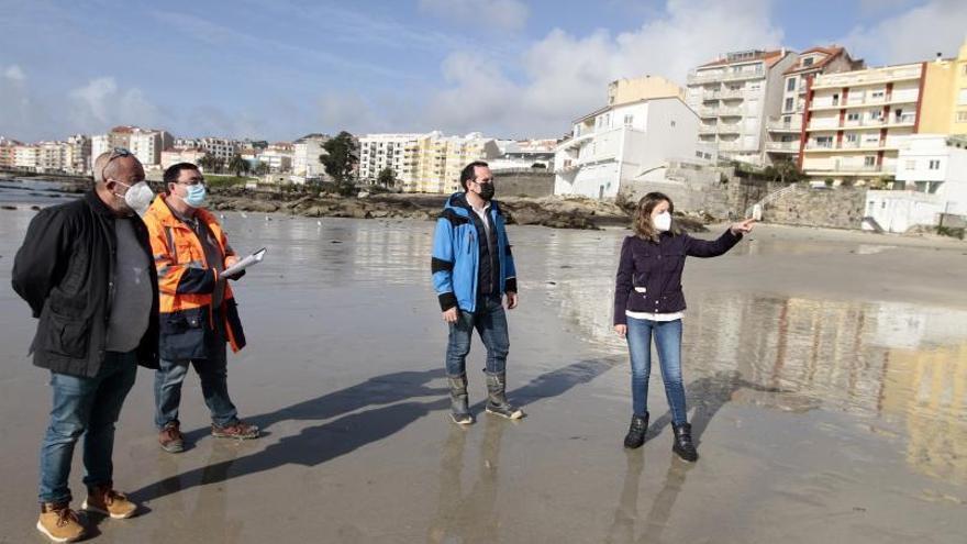 Arranca la regeneración de A Carabuxeira con el estudio geotécnico 3D de la playa