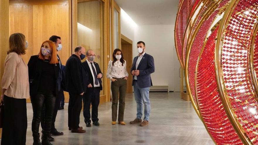 El ministro de Cultura visita Cáceres y el Helga de Alvear