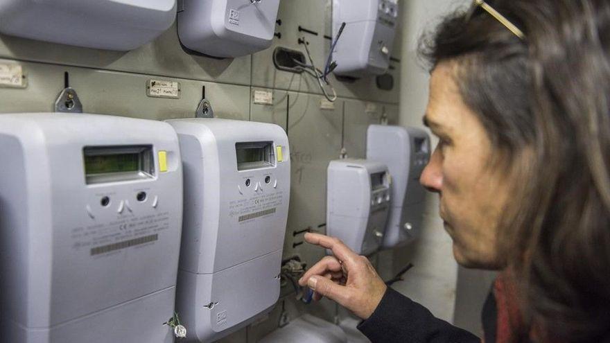 Bono social eléctrico: ¿Quiénes pueden pedirlo y qué ahorro representa?