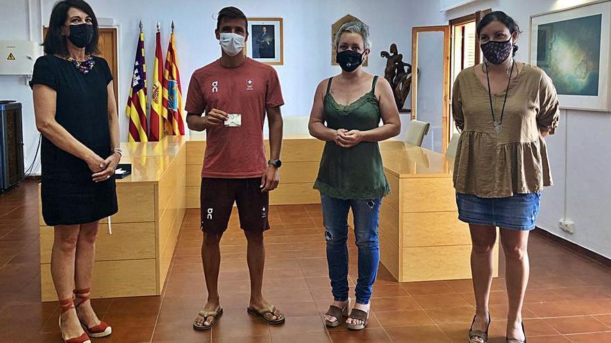 Formentera homenajea a Mateo Sanz