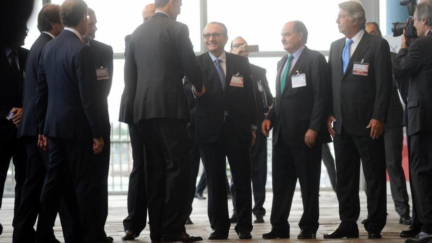 """El Rey destaca la empresa familiar como clave para """"superar periodos de crisis"""""""